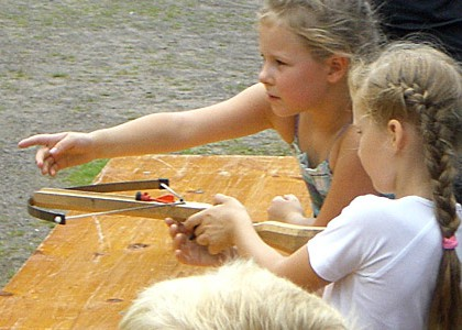 Kinderveranstaltungen Berlin Armbrust-Schießen