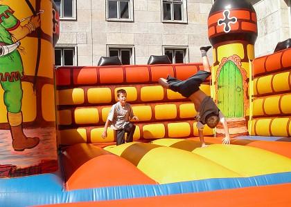 Kinderveranstaltungen Berlin Hüpfburg mieten